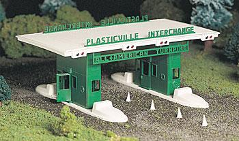 Plasticville USA Building Kits -- Turnpike Interchange (O), Bachmann Model Trains Item Number BAC45601