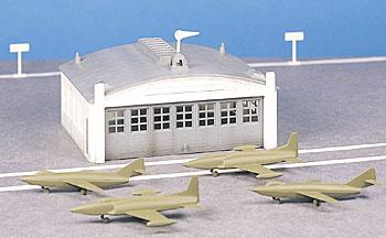 Airport Hanger w/Plane Kit (O), Bachmann Model Trains Item Number BAC45986