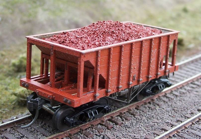 Ho Resin Ore Loads for Tichy Ore Car (2-Pack)